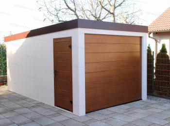 Moderná jednogaráž s bočnými dverami LPU40 a garážovou bránou vo farbe zlatý dub