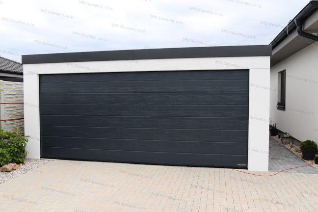Montovaná garáž pre dve autá so širokou antracitovou bránou Hormann