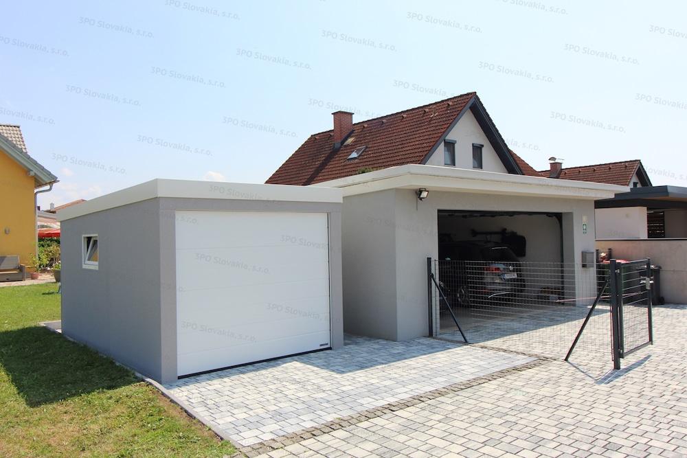 Garáž pre jedno auto GARDEON v svetlosivej omietke pri murovanej garáži