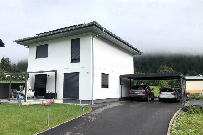 Rodinný dom a prístrešok GARDEON