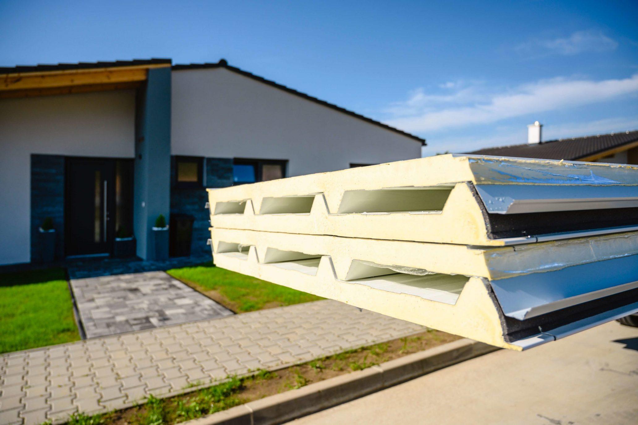 Izolovaná strešná krytina pre montovanú garáž Gardeon