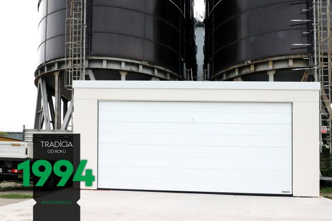 Svetlá garáž pre dve autá