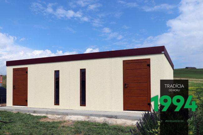 Dlhý záhradný domček s dvomi dverami