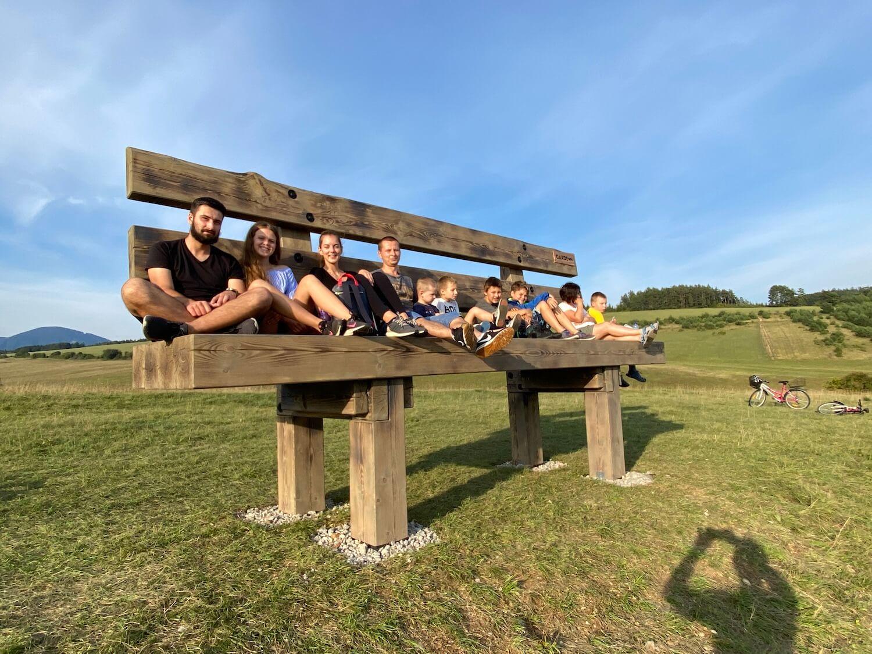 Deti sedia na lavičke GARDEON
