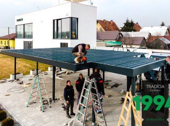 Montáž strechy prístrešku SIEBAU pre tri autá