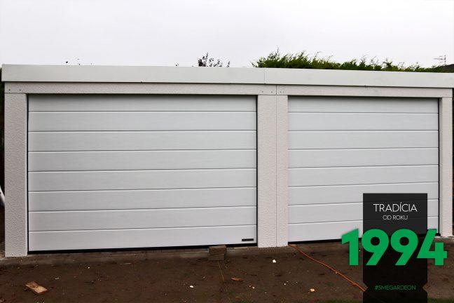 Malá dvojgaráž spolu s garážou pre jedno auto